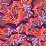 Безшовный цветочный узор на фиолетовой предпосылке с листьями стоковая фотография rf