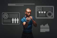более близко придено Мышечный боксер готов воевать Молодое положение спортсмена над темной предпосылкой Концепция игры с графиком иллюстрация вектора