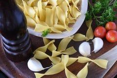 Большие ингредиенты макаронных изделий стоковая фотография rf