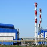 Большой завод для обрабатывать металлолом стоковое изображение