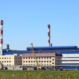 Большой завод для обрабатывать металлолом стоковая фотография rf