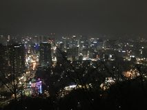 Взгляд ночи на пике горы Nanshan стоковые фотографии rf