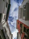 Взгляд снизу некоторых зданий стоковая фотография