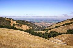 Взгляды к Salinas от парка Toro, Калифорния стоковая фотография rf