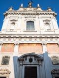 вид спереди della Croce Sant Alessandro церков стоковые изображения rf
