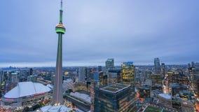 Воздушное после полудня к ночи timelapse Торонто городского акции видеоматериалы