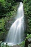 Водопад Mahunceti вероятно одно из самых популярных мест в Adjara стоковые изображения rf