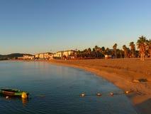 Восход солнца на пляже около St Tropez во Франции в Eruope стоковое фото rf