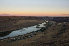 Восход солнца принятый на падения лебедя стоковые изображения rf