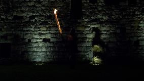 Воюя замок шпаги огня видеоматериал