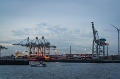 Гавань Гамбурга на Эльбе, Гамбурге, Германии стоковое изображение rf