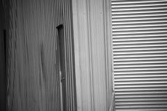 Гараж металла в черно-белом стоковые изображения rf