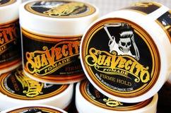 Гель для мужского дизайна - SuaVecito Владение firme pomade SuaVecito сильное ультрамодный дизайн парикмахерскаи стоковые изображения