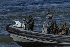 Голландские морские пехотинцы в демонстрации на дни Роттердам порта мира стоковая фотография rf
