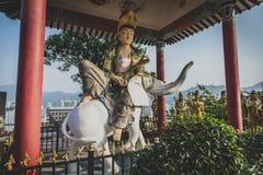 Гонконг, ноябрь 2018 - 10 тысяч человек жирное Sze монастыря Buddhas стоковая фотография rf