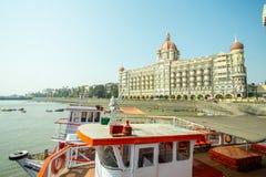 Гостиница дворца Тадж-Махала в Мумбае стоковые фотографии rf