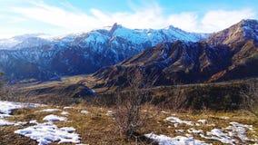 Горы сари-Khosor, Таджикистана стоковые изображения