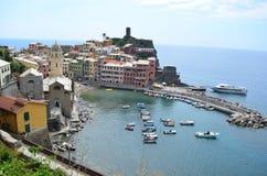 Городской пейзаж Vernazza в Cinque Terre Место всемирного наследия Unesco Лигурия Италия стоковая фотография