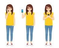 Женщина в джинсах с телефоном иллюстрация вектора