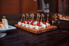 Закуски на таблице, стоковое фото rf