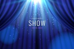 Занавес театра голубой со светами как знамя шоу стоковые фото
