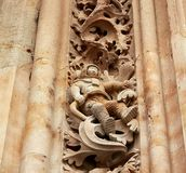 Известный астронавт высекаенный в камне на фасаде собора Саламанки стоковое изображение