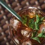 изолированная коктеилом белизна лета тоническая стоковая фотография rf