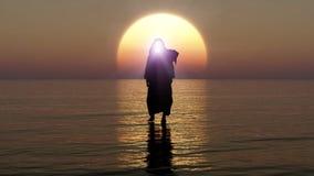 Иисус идет на воду, чудеса Иисуса Христа, пророка бога, приходить Иисуса от рая в вечере апокалипсиса, 3D иллюстрация штока