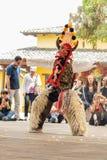 Индигенные танцоры эквадора стоковые фотографии rf