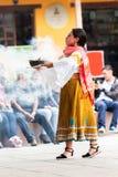 Индигенные танцоры эквадора стоковая фотография rf