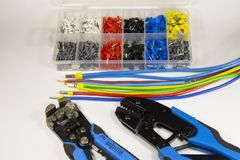 Инструменты и материалы для электрика стоковые изображения