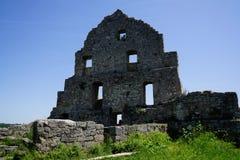 Каменный фасад дома руин замка стоковая фотография rf