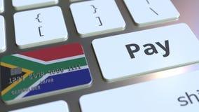 Карта банка отличая флагом Южной Африки как ключ на клавиатуре компьютера Анимация онлайн-платежа схематическая бесплатная иллюстрация