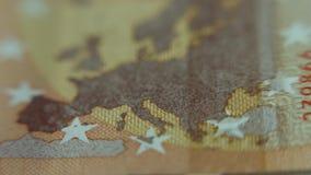 Карта Европы на банкноте евро Крупный план денег бумаги примечания евро 50 Взгляд макроса акции видеоматериалы