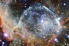 Красивые галактика и скопление звезд в ночи космоса стоковое фото