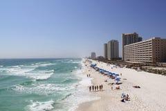 Красивый бесконечный пляж во Флориде/Соединенных Штатах стоковые изображения