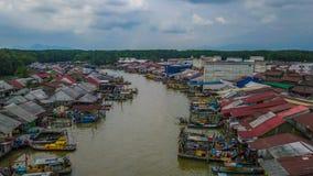 Красивый вид с воздуха ландшафта деревни рыболовов в Kuala Spetang Малайзии стоковая фотография