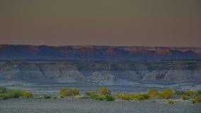 Красивый заход солнца в горах песка Аризоны стоковые изображения