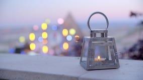 Красивый фонарик со свечой видеоматериал