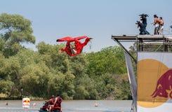 Красное событие Bull Flugtag на парке Yarkon стоковые изображения rf