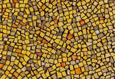 Красочный разрушенный булыжник, небольшие части стоковые фото