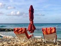 Кресло на пляже Дувра стоковая фотография