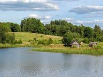 Ландшафт сельской местности Латвии, сельского назначения туризма стоковые фотографии rf