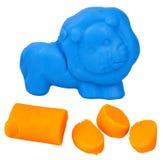 Лев сформированный от голубого пластилина теста игры стоковая фотография