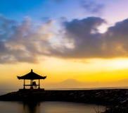 Любя восход солнца 2 хижины стоковое изображение