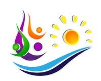 Люди греют на солнце команда соединения моря волны воды празднуя дизайн логотипа элемента значка символа здоровья счастья на бело иллюстрация штока