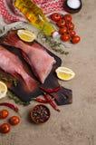 Луциан рыб сырцовый стоковое изображение