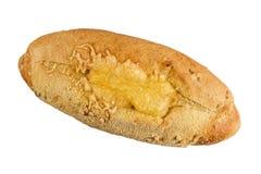 Маисовый хлеб испеченный с сыром Изолят на белой предпосылке стоковая фотография