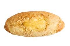 Маисовый хлеб испеченный с сыром Изолят на белой предпосылке стоковые фотографии rf