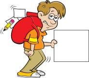 Мальчик мультфильма подавленный с большим рюкзаком и удержанием знака стоковое фото